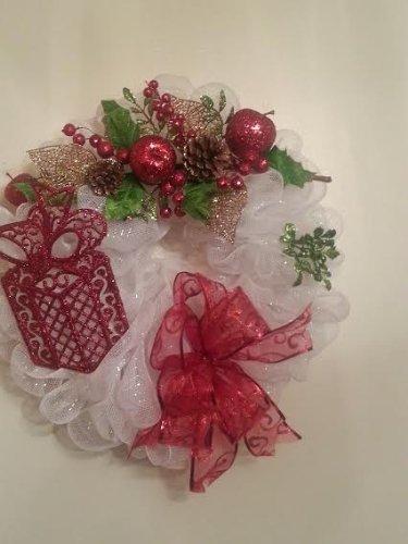 Handmade White Deco Mesh Holiday Wreath Large wWreath Bag