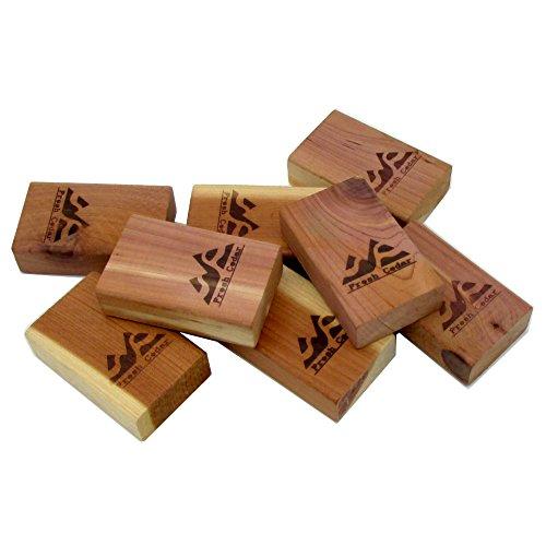 Closet Essentials - Fresh Red Cedar Blocks Pest Moth Repellent Storage Accessories 1- Pack  8 Blocks